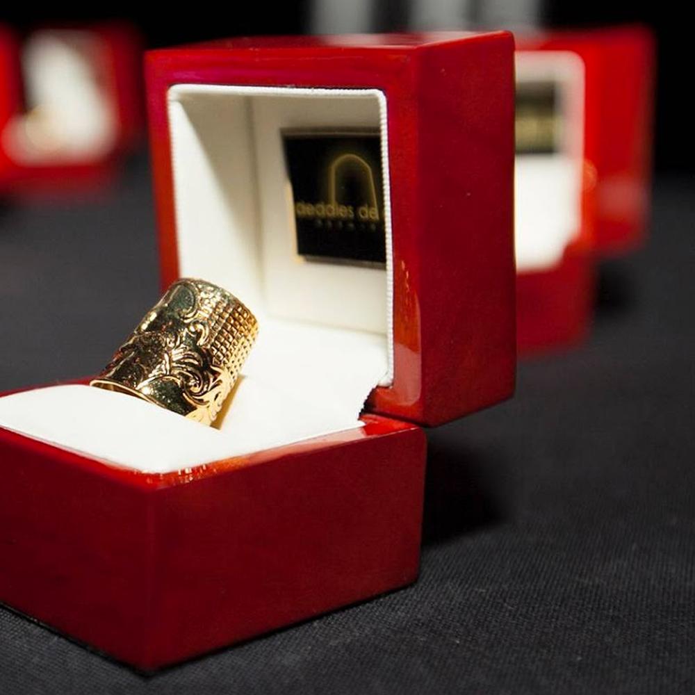 HYD, lusso ed eleganza nelle calze, riceve<br> il premio Dedales de Oro